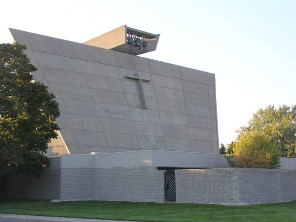 ブロイヤー_St. Francis De Sales Catholic Church,